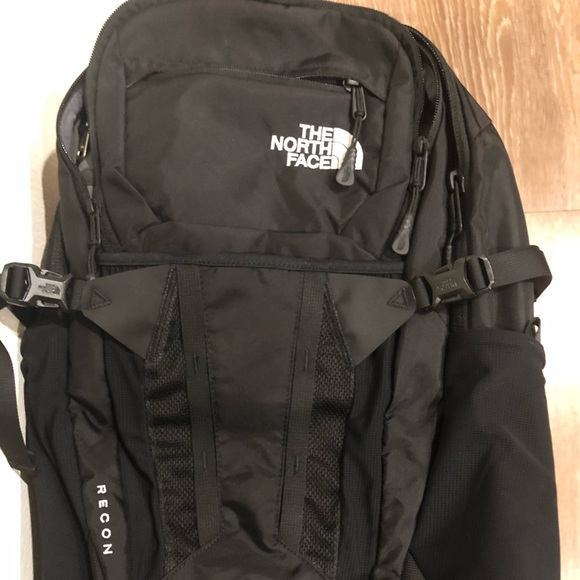 Northface Recon backpack black